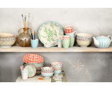 Kubki porcelanowe w stylu orientalnym