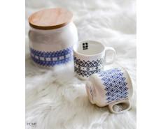 porcelana z wzorem geometrycznym