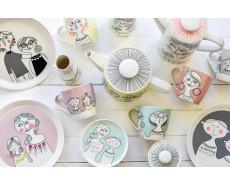 serwis porcelanowy Familjen Sandra Isaksson