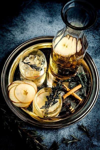 Szklana karafka na wodę, wino i whisky – jak ją wybrać?